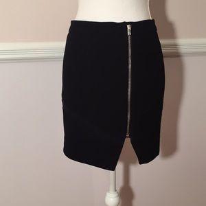 I R O Skirt